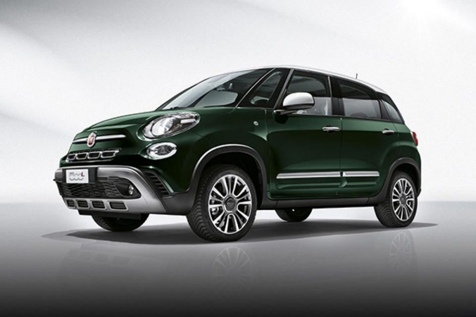 Fiat 500L the style of 500 in a comfortable family car  Fiat